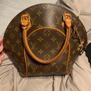 Authentic Louis Vuitton Ellipse
